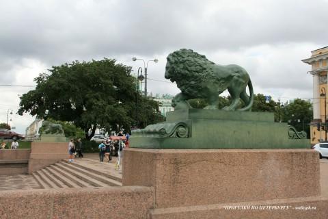 Чернега А.В., Восточная пристань Адмиралтейской набережной. 15.07.2012.