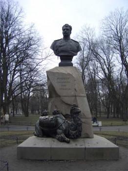 Памятник Н. М. Пржевальскому. 2007.03.17.