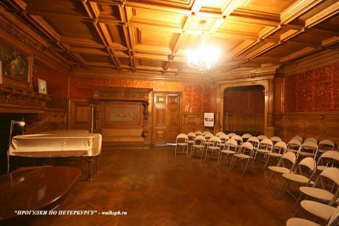 Дубовый кабинет в особняке Н. П. Румянцева. 2008.04.05.