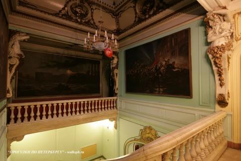 Парадная лестница дома А. С. Меншикова. 2009.12.12.