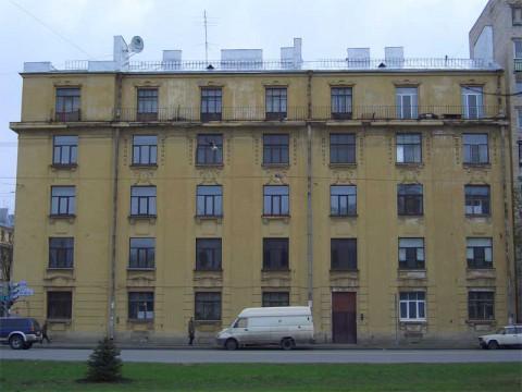 пр. КИМа, 5. 2007.05.03.