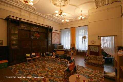 Столовый зал в особняке Н. Н. Башкирова. 2009.11.10.
