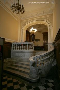 Парадная лестница в особняке Гагариной. 2010.06.12.
