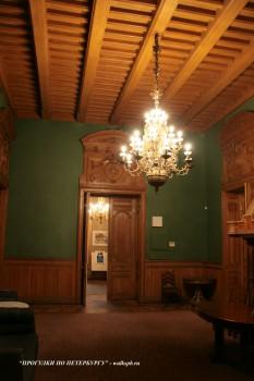 Каминный зал в особняке А. А. Половцова. 2009.01.18.