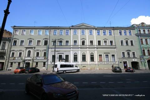 Чернега А.В., Большая Морская ул. 31. 22.07.2012.