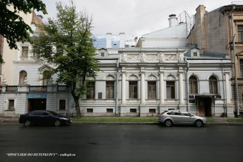Чернега А.В., Большая Морская ул. 45. 12.06.2012.