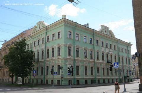 Чернега А.В., Большая Морская ул. 56. 22.07.2012.
