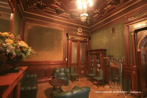 Зелёный кабинет в особняке А. Ф. Кельха. 2008.11.04.