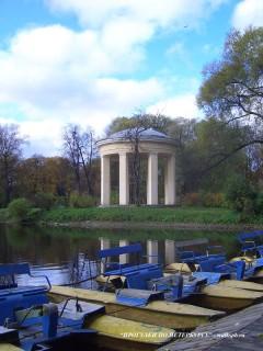 Павильон-ротонда в парке Екатерингоф.
