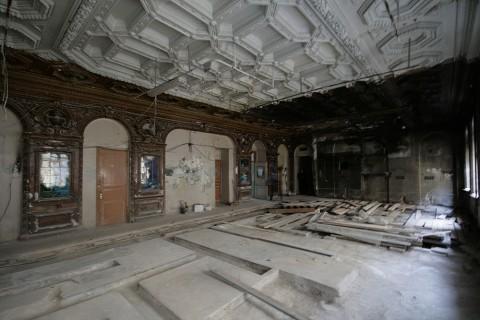 Чернега А.В., Столовый зал в доме Г. П. Елисеева. 2011.11.19.