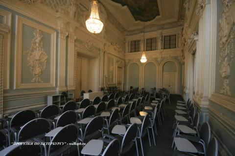 Зал в Малом Мраморном дворце. 2009.04.12.