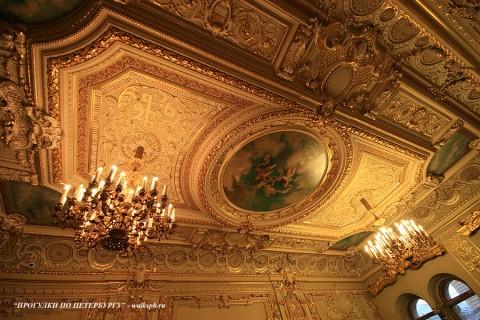 Плафон Золотого зала в Малом Мраморном дворце. 2009.04.12.