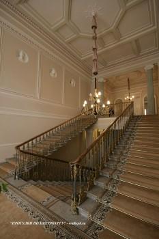 Парадная лестница в особняке Зубова. 2011.04.09.