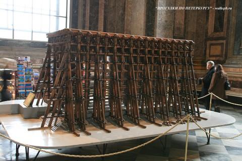 Модель строительных лесов Исаакиевского собора. 2009.04.12.