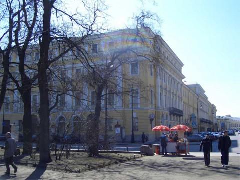Итальянская ул., 9. 2006.04.23.