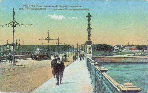 Нева, набережная императора Петра Великого у Троицкого моста.
