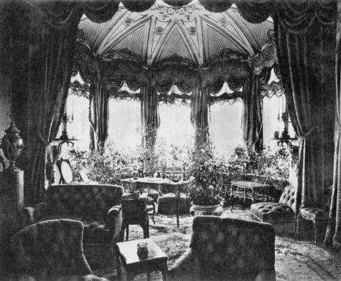Будуар с фонарём в особняке А. А. Половцова. 1910 г..
