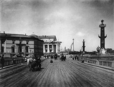 Фотоателье Буллы, Вид на Дворцовый плашкоутный мост. 1903.