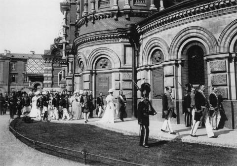Булла К. К., Торжественное шествие у храма Воскресения Христова. 1907.