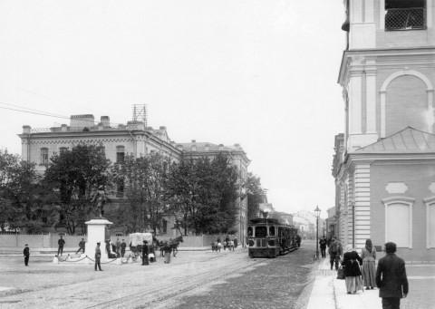 Булла К. К., Паровик на Большом Сампсониевском проспекте. 1909 г..