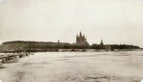 Булла К. К., Панорама Невы у Смольного монастыря. 1890-е гг..