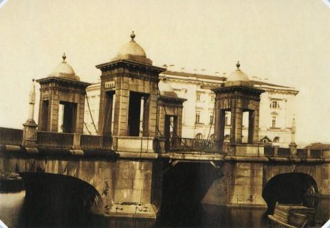 Неизвестный фотограф, Чернышёв мост на Фонтанке. 1860-е гг..