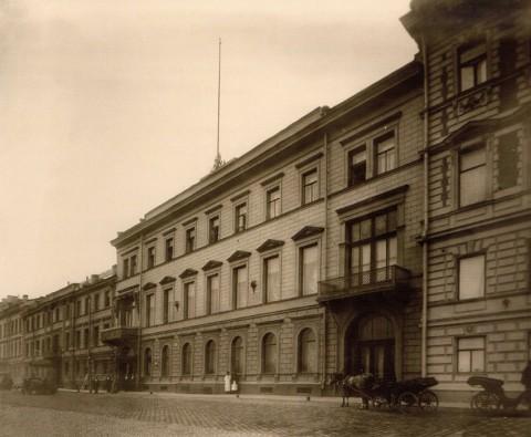 Здание французского посольства в Санкт-Петербурге. 1909.