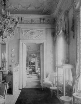 Елецкий И., Вид анфилады комнат из Малой гостиной. 1900-е.