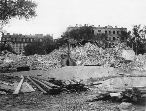 Неизвестный фотограф, Разрушение Введенского собора. весна 1933 года.