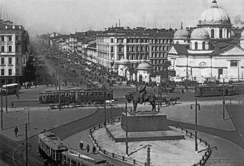 Вид площади Восстания и перспектива проспекта 25 Октября. 1931-1932 гг..