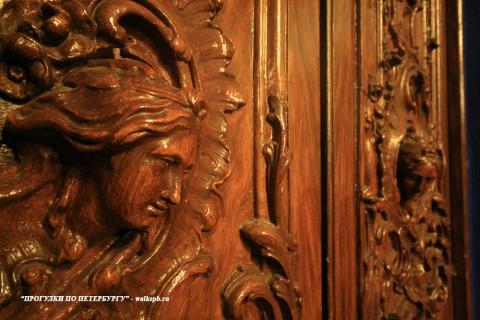 Чернега А.В., Фрагмент двери в парадном кабинете. 26.10.2013.
