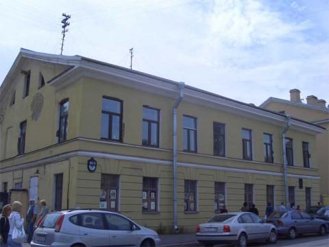 Камская ул., 18. 2007.06.17.