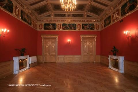 Красный зал в особняке М. В. Кочубея. 2009.03.01.