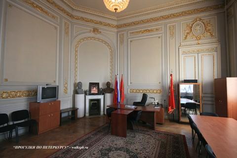 Комната в особняке О. В. Серебряковой. 2209.03.21.