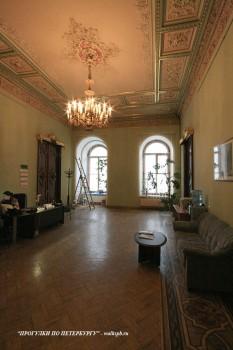 Зал в доме И. В. Пашкова. 2009.02.13.