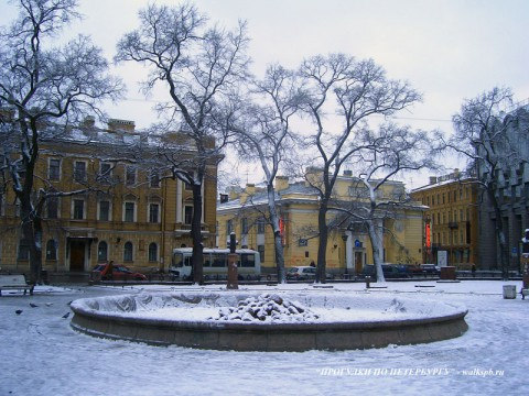 Сквер на Манежной площади.