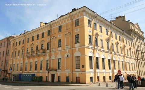 Чернега А.В., Миллионная ул. 32. 23.06.2012.