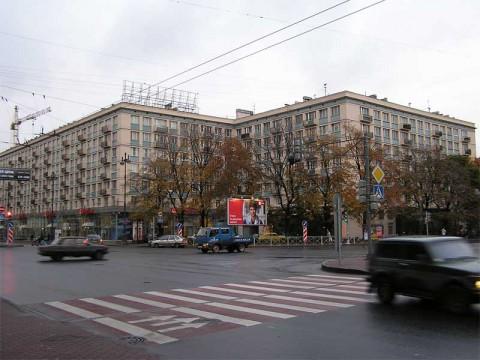 Московский пр., 92.