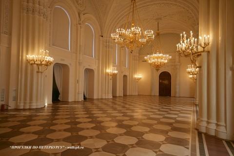 Белоколонный зал в Мраморном дворце. 2010.02.14.