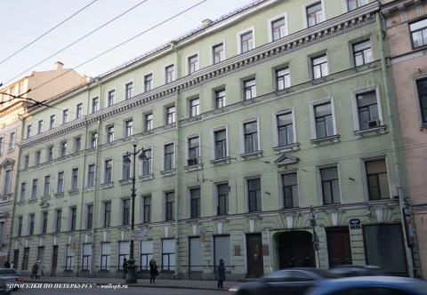 Чернега А.В., Невский пр. 4. 16.06.2012.