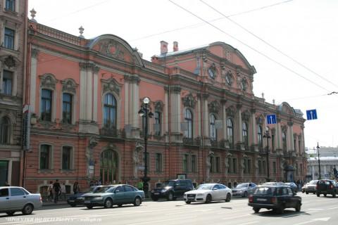 Чернега А.В., Дворец Белосельских-Белозерских. 16.06.2012.