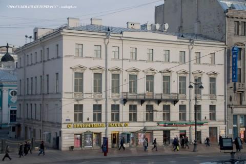 Чернега А.В., Невский пр. 42. 16.06.2012.