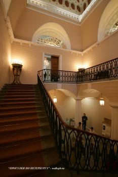 Парадная лестница в Строгановском дворце. 2010.02.28.