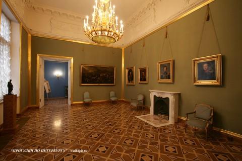 Большой кабинет графини С. В. Строгановой в Строгановском дворце. 2010.02.28.