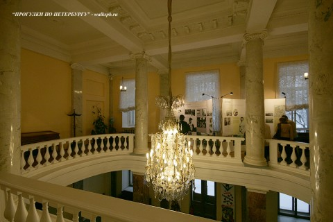 Холл в Аничковом дворце. 2009.12.26.
