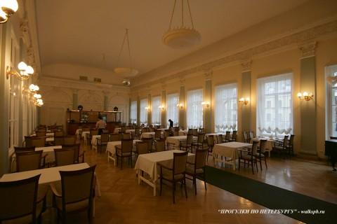 Столовый зал в особняке Д. Е. Бенардаки. 2009.11.29.