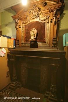 Чернега А.В., Камин в библиотеке. 27.04.2012.