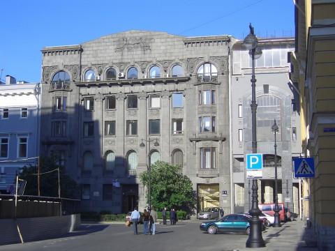 пл. Островского, 2. 2006.06.12.