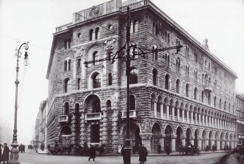 Булла К. К., Петроградский торговый банк (Невский проспект, 7/9). 1914 год.
