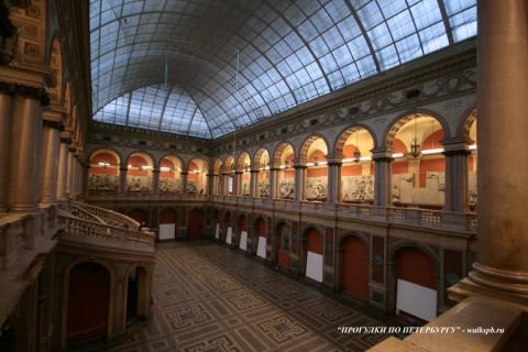 Большой выставочный зал. 2009.01.22.